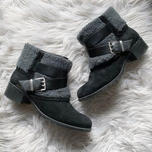Charles David Genuine Suede Sherpa Ankle Boots 7.5
